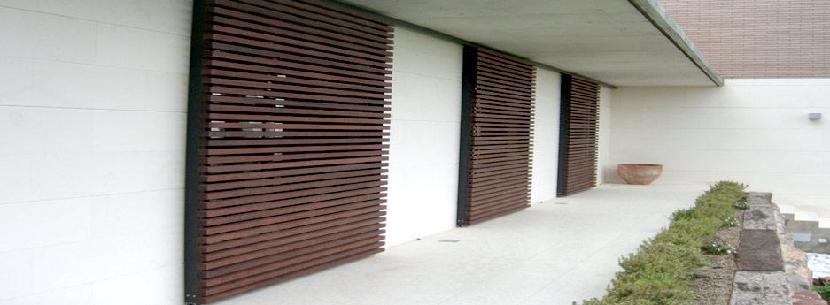 Persiana de madera exterior persianas de madera exterior persiana para exterior disenos - Persianas palacio ...